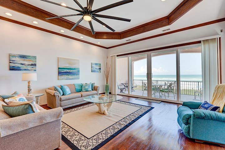 Beachfront 3 bedroom home, private pool with view - South Padre Island - Dom