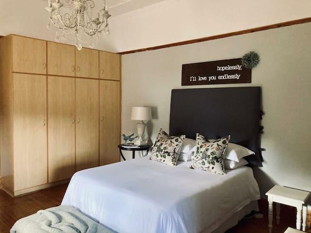 Grootfontein gastehuis Room 2