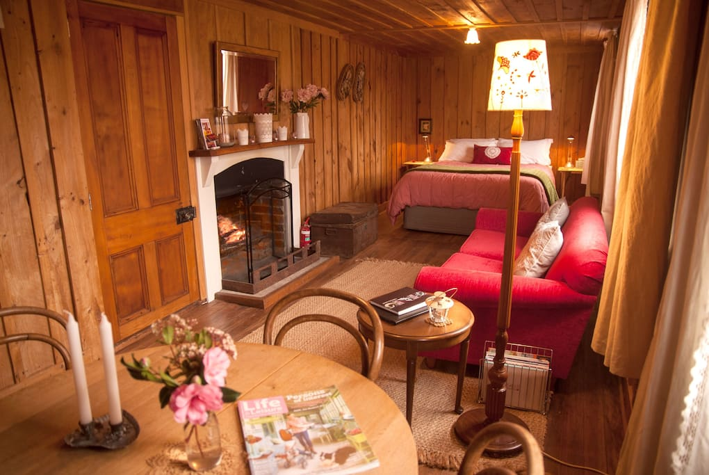 Relaxing and romantic accommodation. The open fire is a big favourite of guests staying in Red Cottage Staveley, near Mt Somers, Methven, Mt Hutt Ski area and Christchurch airport.