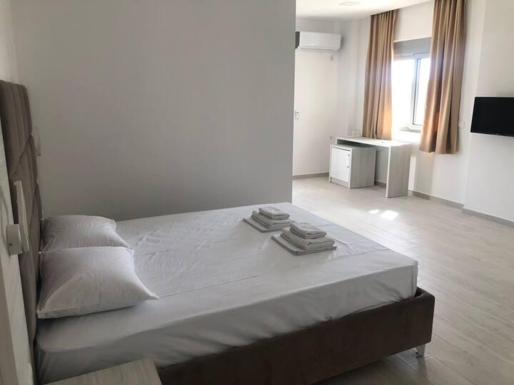 Twin Room II - Capital ROOMS