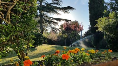 Casa con gran jardín en Atlántida