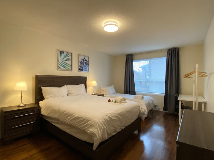 Pleasant&enjoyable private room w/queenbed+twinbed