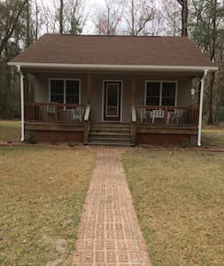 Country Cottage close to New Bern and Neuse River. - New Bern - Pensió