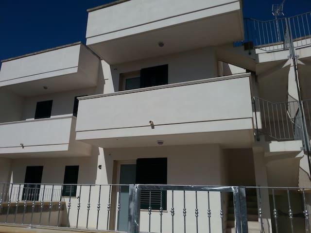 Nuovissimo appartamento a due passi dal mare - San Foca - Leilighet