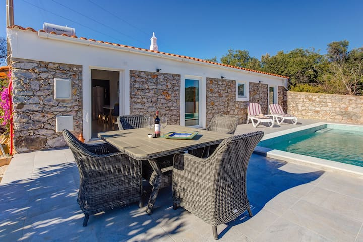 Lovely cottage with modern interior, private pool.