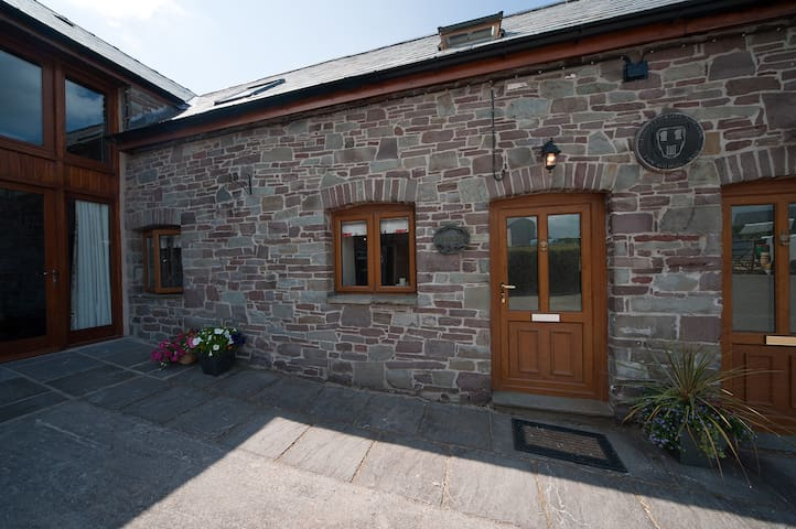Trefaen Cottage, Glwydcaenewydd Farm, Crai LD3 8YP - Crai - Haus