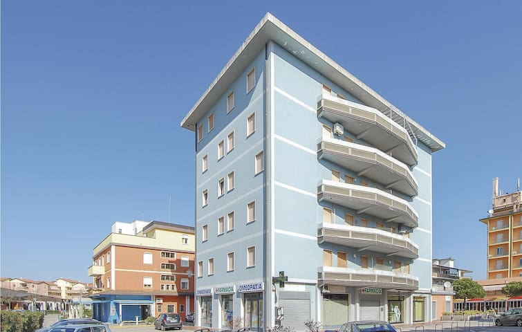 Holiday apartment with 2 bedrooms on 60m² in Rosolina Mare RO