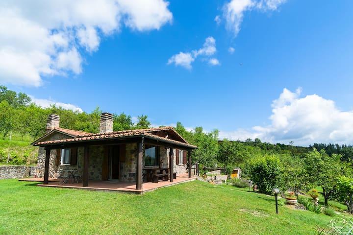 Casa con piscina, barbacoa, horno de pan / pizza y unas vistas impresionantes