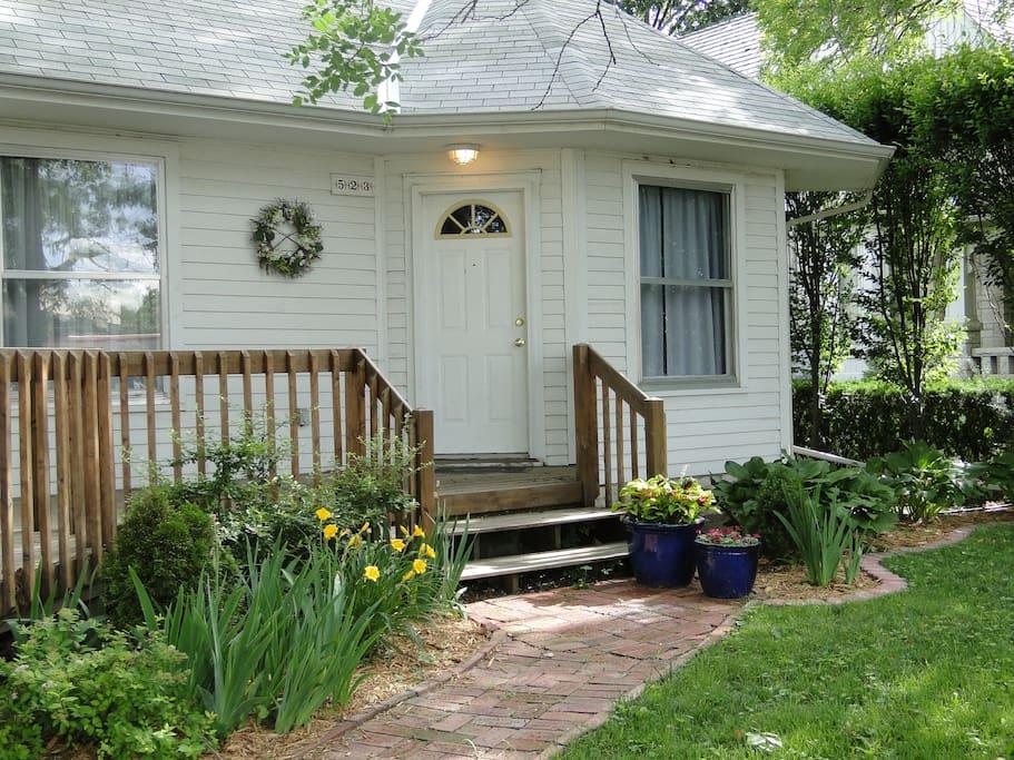 Houston Street Cottage