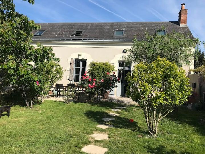Petite longère au coeur de la vallée de la Loire !