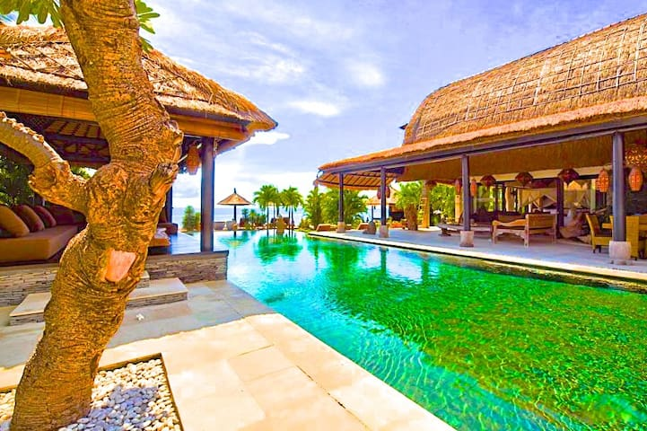 "Villa Buddha,  ""The most beautiful Villa of Bali"". - Seririt"