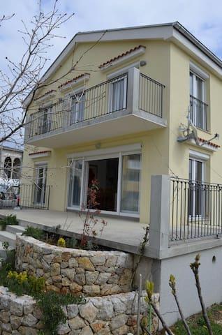 L&L Apartments - Povile 1st Floor - Povile - Apartmen