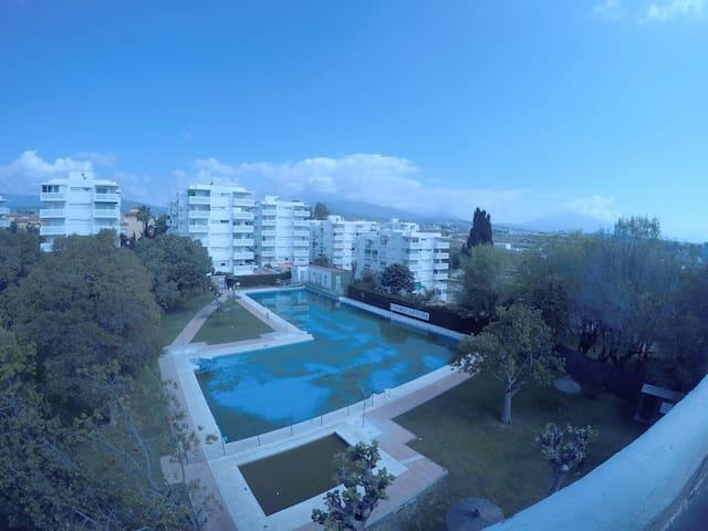 Sunny apartment sea view