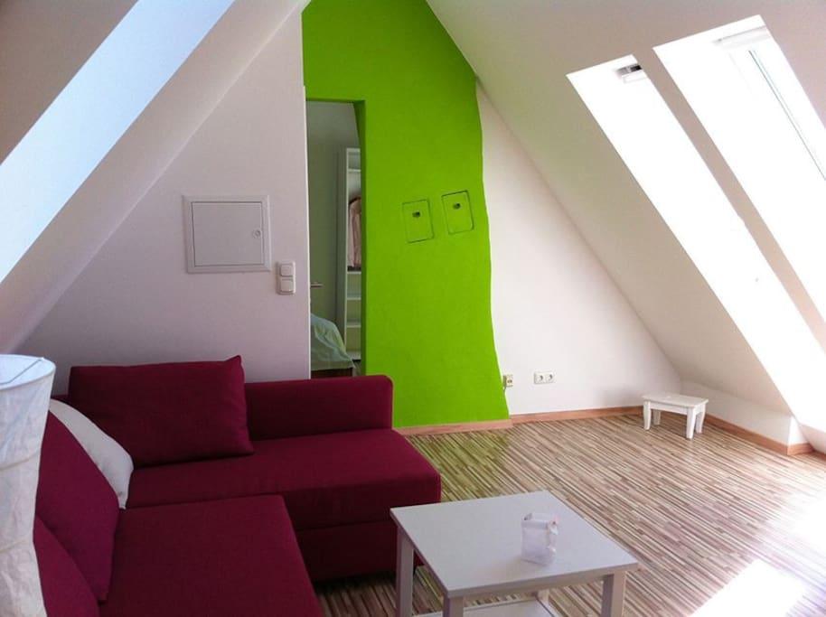 modern eingerichtete ferienwohnung wohnungen zur miete in ostercappeln niedersachsen deutschland. Black Bedroom Furniture Sets. Home Design Ideas