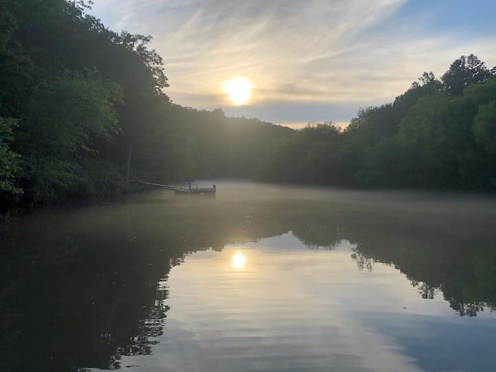 Tranquil Chauga River Getaway