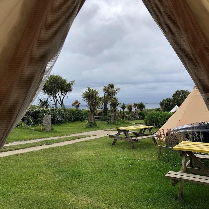 Tropical Garden Bell Tent, Cornwall