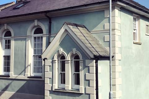 Little Blue Chapel - Porthmadog