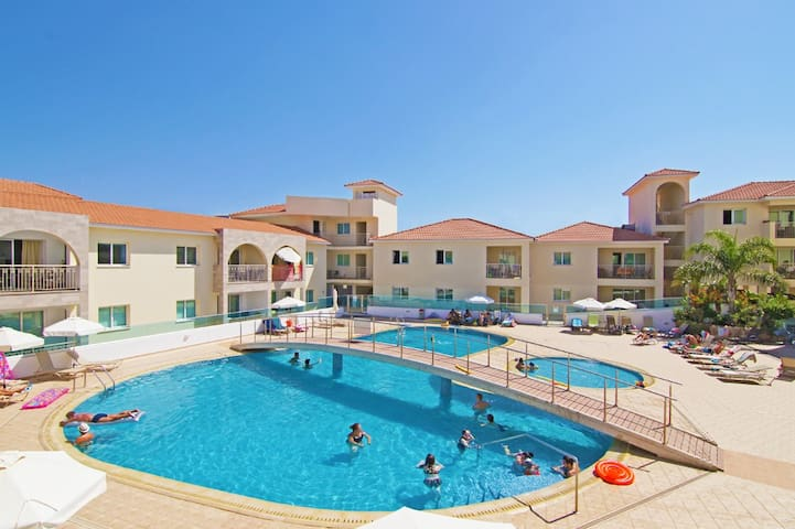 Marianna-2 bedroom apartment for family holidays