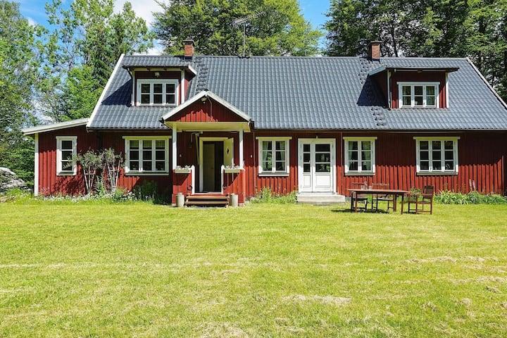 7 persoons vakantie huis in RÖKE