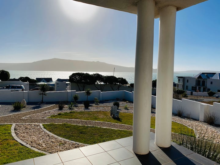 Private flatlet with pool in Langebaan