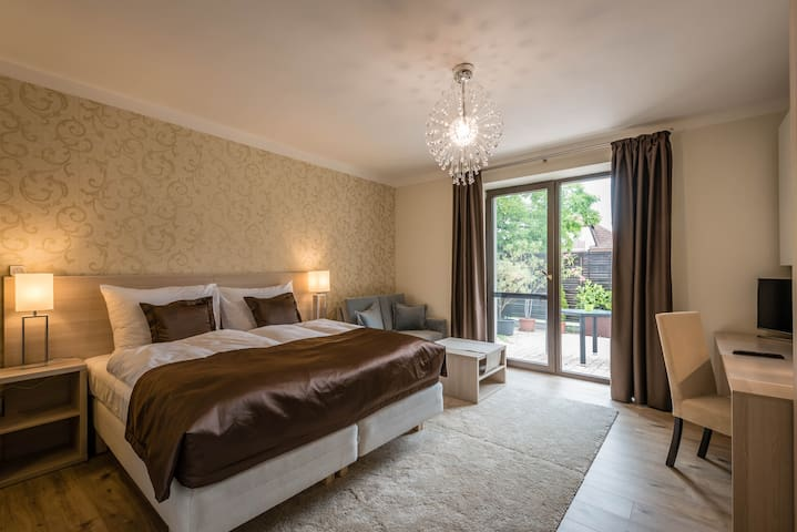 Pure luxury high standard accommodation for you - Tvrdošovce - Casa