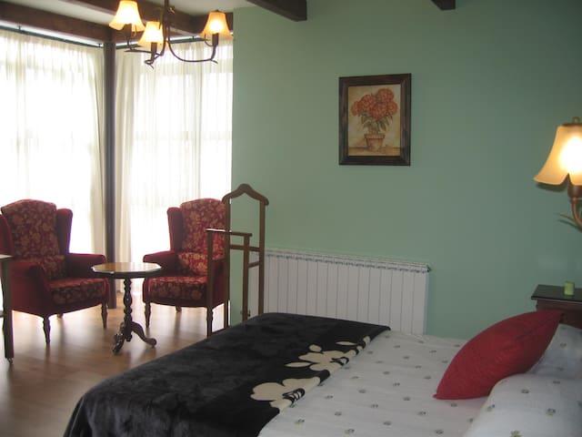 Habitación romántica para parejas (Vidriales)