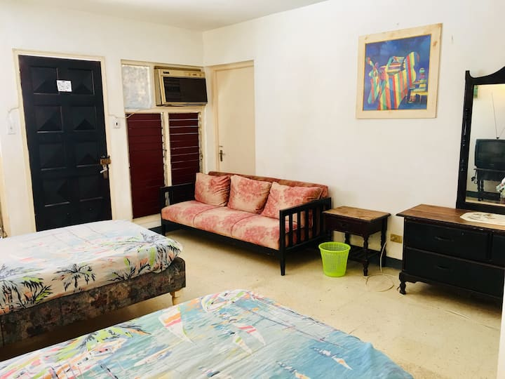 Twin Room -African Symbol Guest House