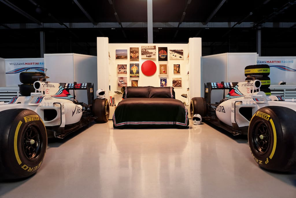 Williams Martini Racing Garage