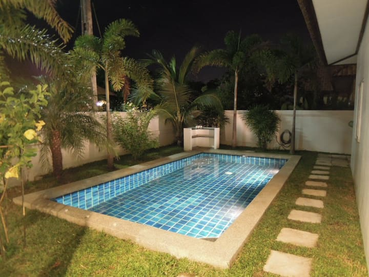 Modern pool Villa with 2 bedrooms