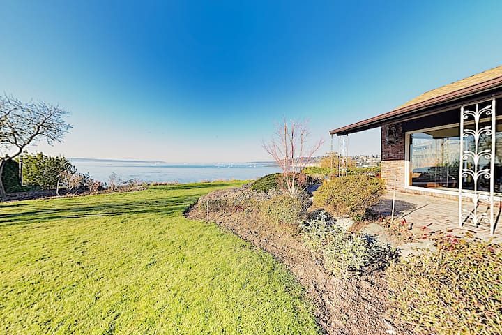 New Listing! One-Of-A-Kind Log Home on Puget Sound