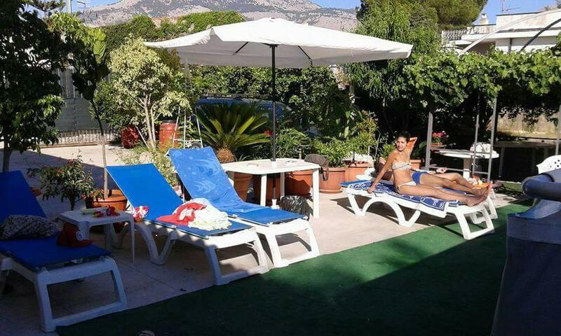 Villa Carini: vivi la bella vita!