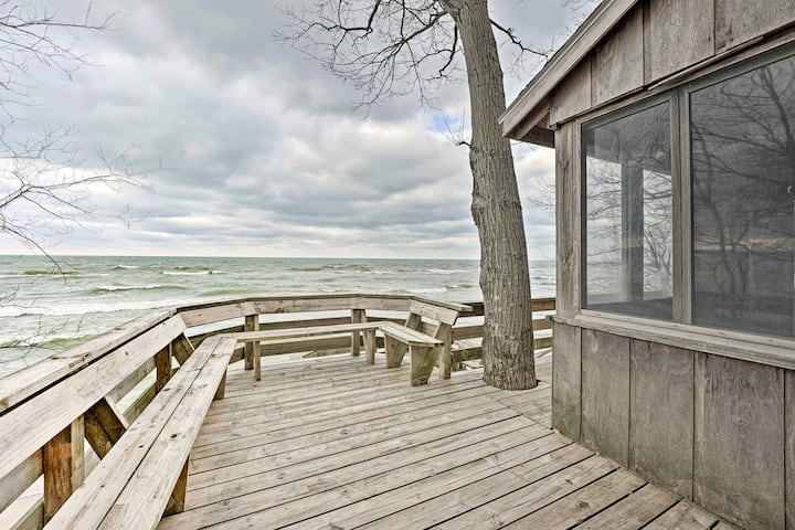 NEW! Lake Michigan Waterfront Home: 1 Mi to Dtwn!