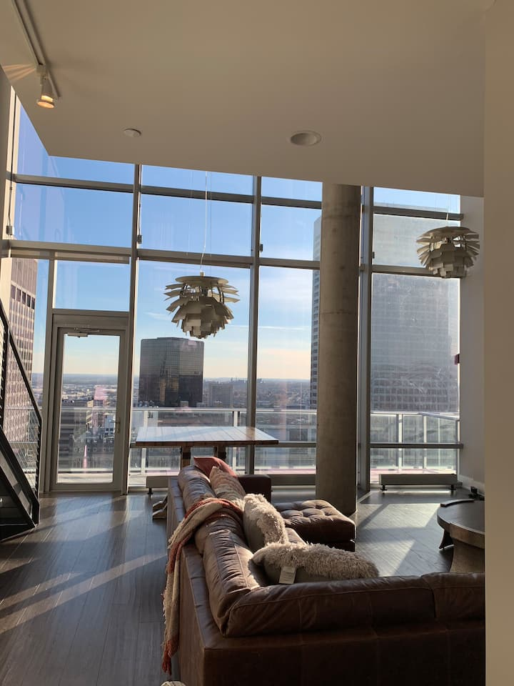 Two Story Luxury Penthouse !