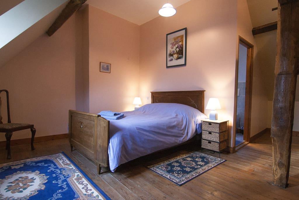Kamer voor twee personen, één bed van 140cm-190cm