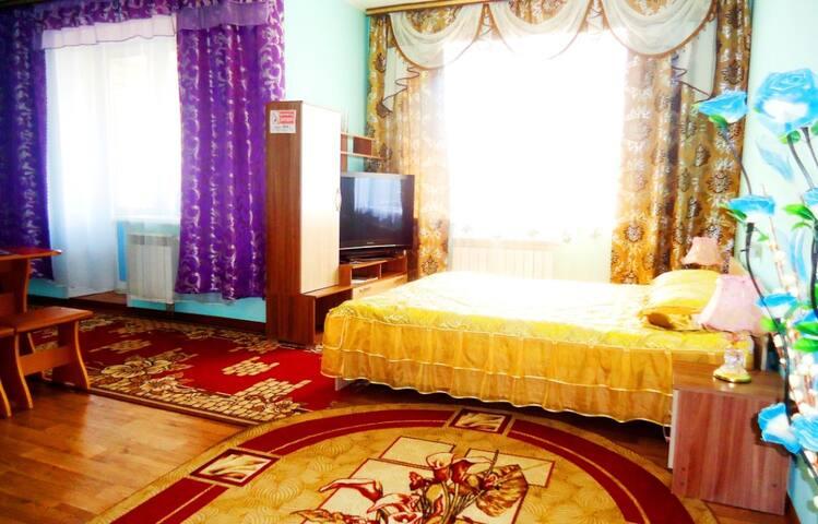"""Апартаменты """"Две Подушки"""" Богомягкова 2"""