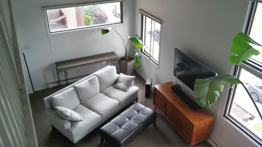 Chambre privée dans condo lumineux - Montréal - Gästhus