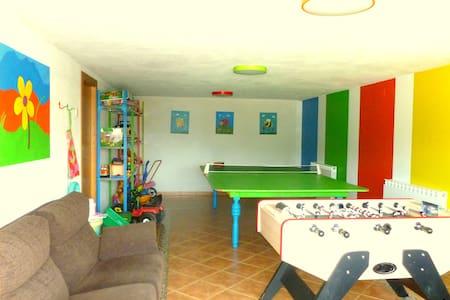 Casa rural en Navarra para familias con niños - Eulz - 獨棟