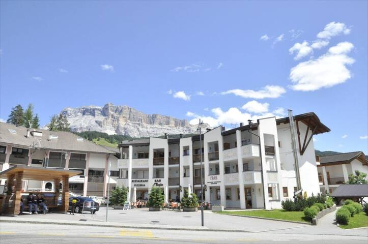 500 Meter vom Skilift - rustikale Wohnung in Badia