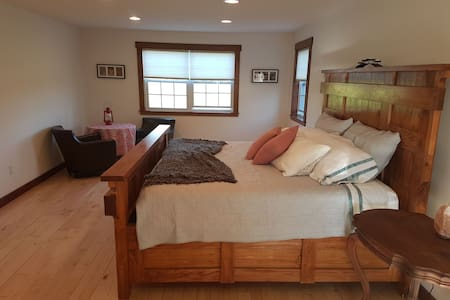 Counting sheep guest suites #3 Adult only.