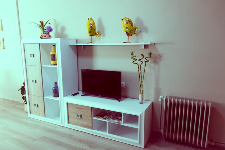 Apartamento de Lujo. Todo nuevo!!