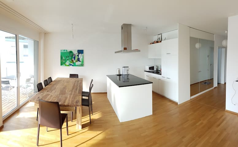 modern, central and sunny 3.5 rooms for up to 6pp - Davos - Huoneisto
