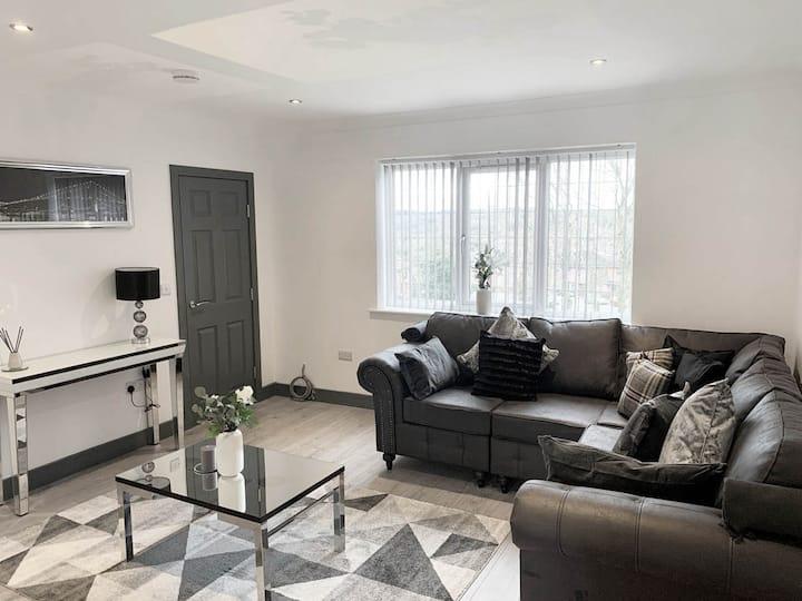Luxury En-Suite 3 - Next To Royal Stoke Hospital