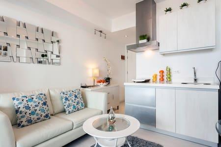 Luxury Stay in Urban Beach Resort Azure Free WIFI - 帕拉纳克(Parañaque) - 公寓