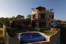 Casa Luna Llena