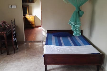 Bright and spacious double room - Apartmen