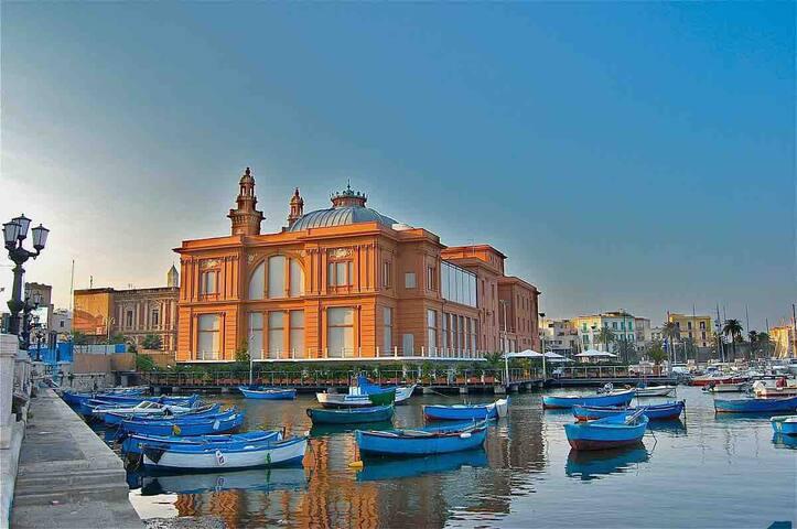 Central & elegant Bari 🇬🇧🇩🇪🇪🇸🇮🇹