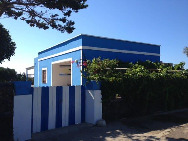 Casa Azzurra -Linosa-