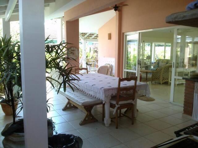 BEACH HOUSE IN A SAFE CONDO AT PRAIA DO ENGENHO SP