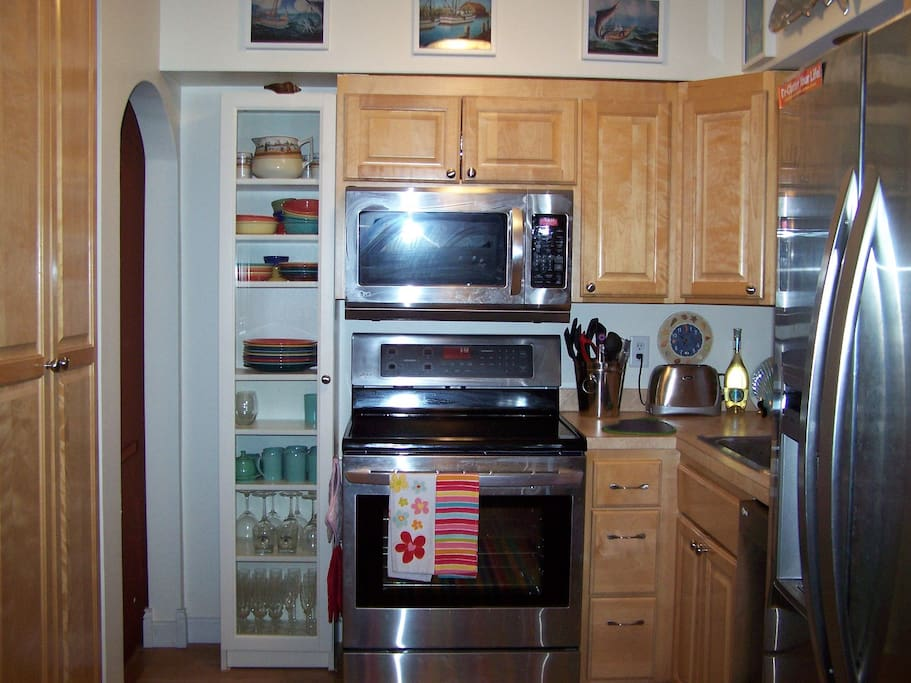 Newer stainless steel appliances!