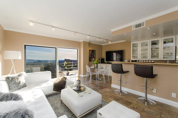 LUXURY SUNSET PLAZA CONDO - POOL, VIEWS AND MORE
